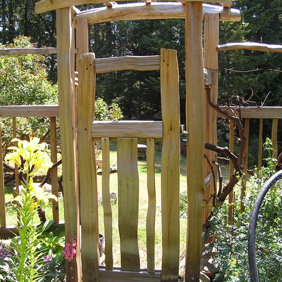 Simple Wood Garden Arbor with Gate and Fence