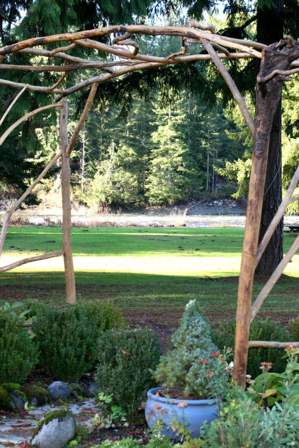 Simple Wood Garden Arbor