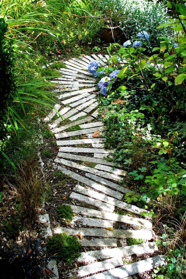 Creative Stone Garden Path